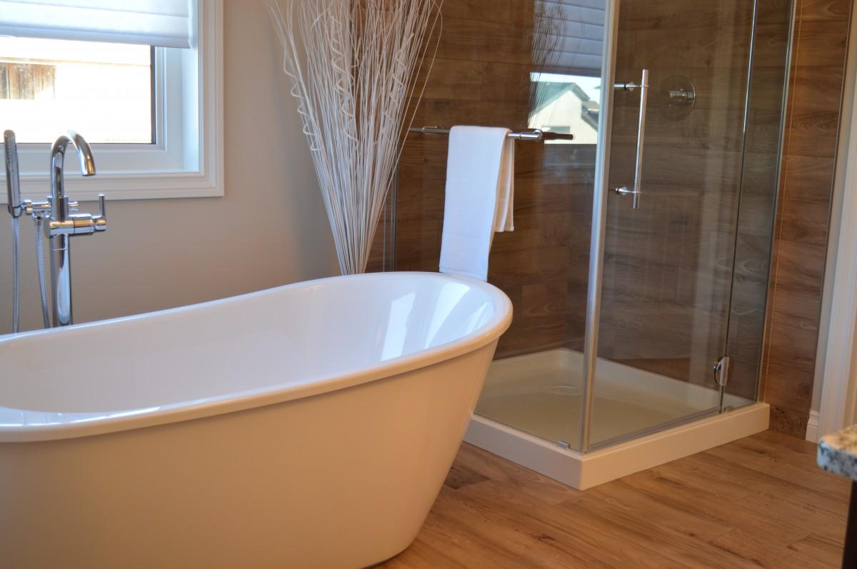 Consejos para una decoración moderna en el baño 1