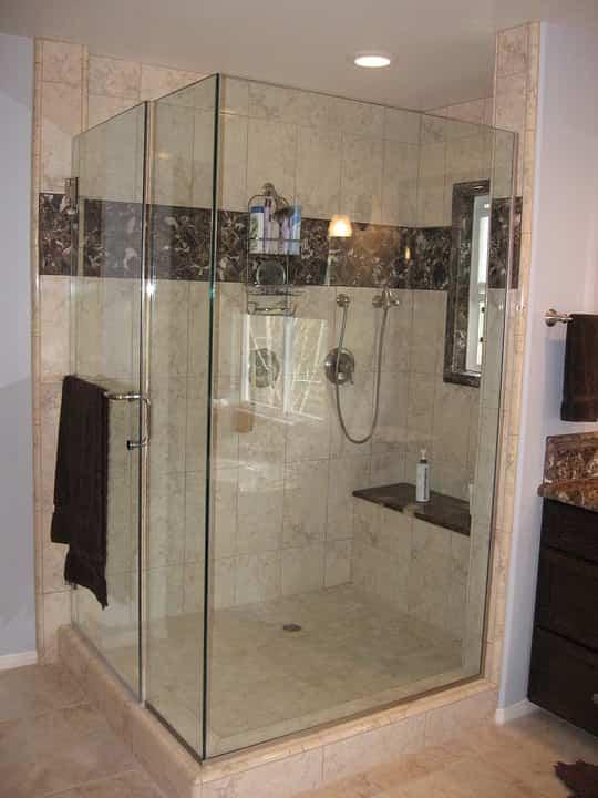 Consejos para elegir la mampara de ducha perfecta 1