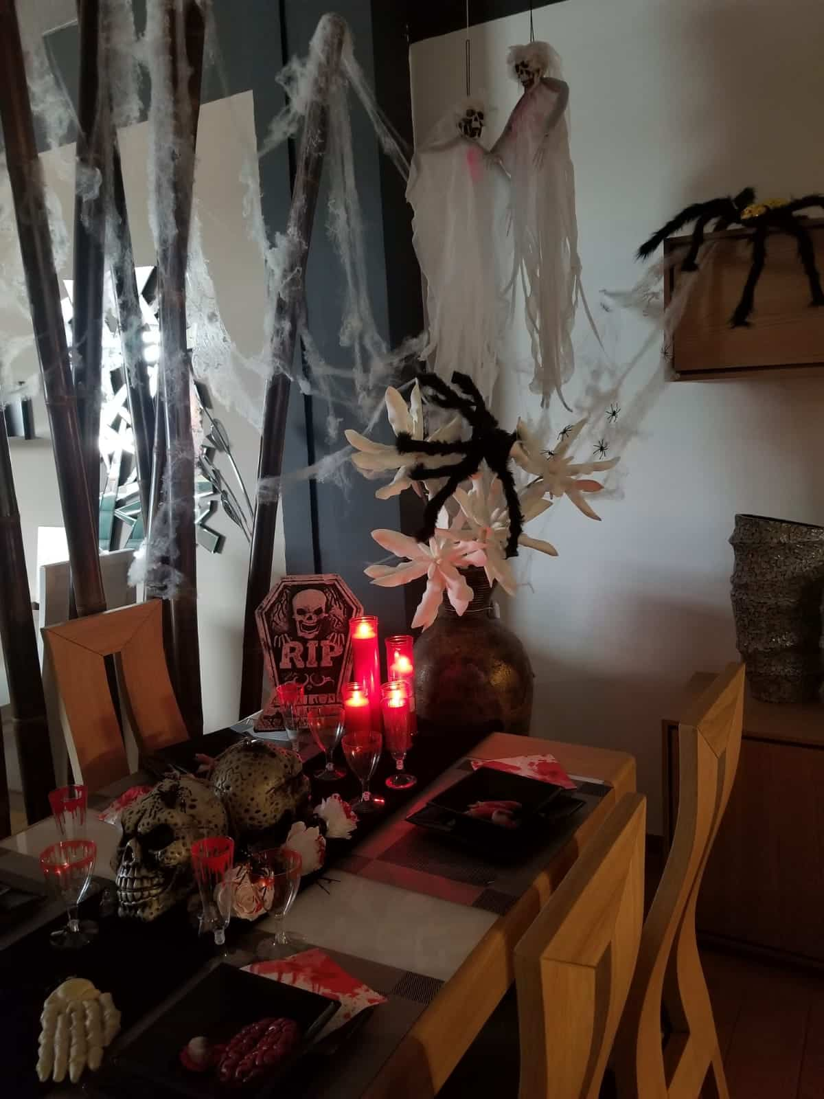 Descubre las tendencias en decoración para Halloween de Menamobel 2