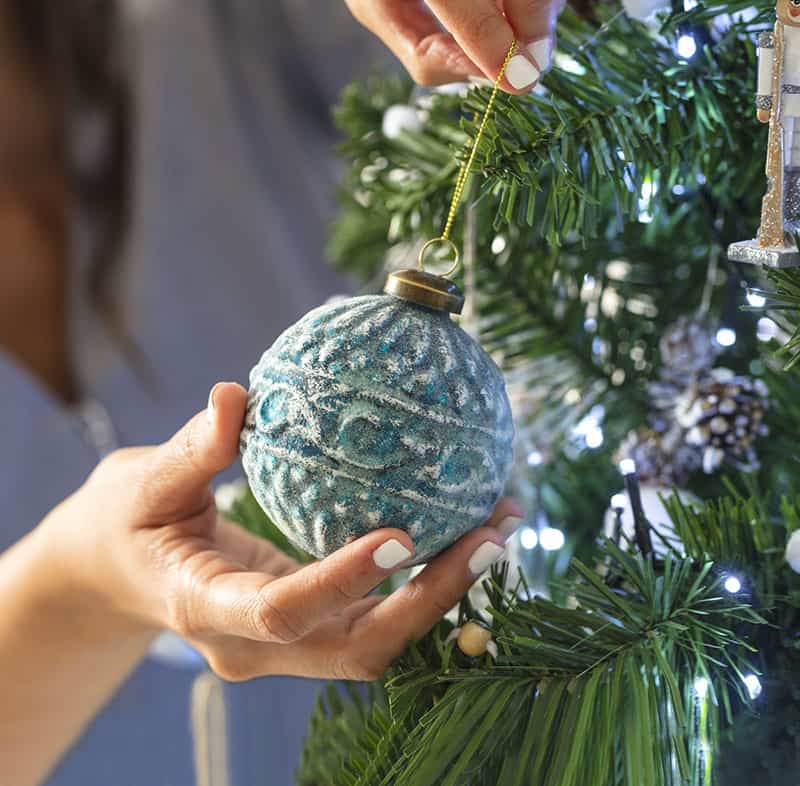 Cómo montar el árbol de Navidad para que quede espectacular 6