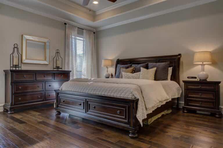 Pros y contras de los suelos de madera noble en habitaciones