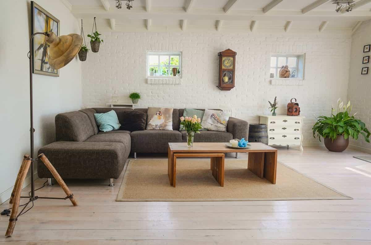 Cómo colocar tu alfombra correctamente en tu sala de estar 2