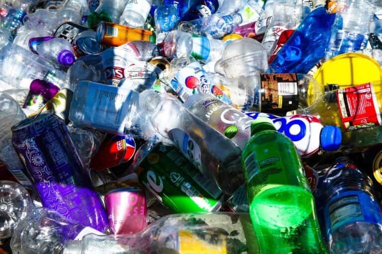 La importancia de reciclar y disminuir residuos