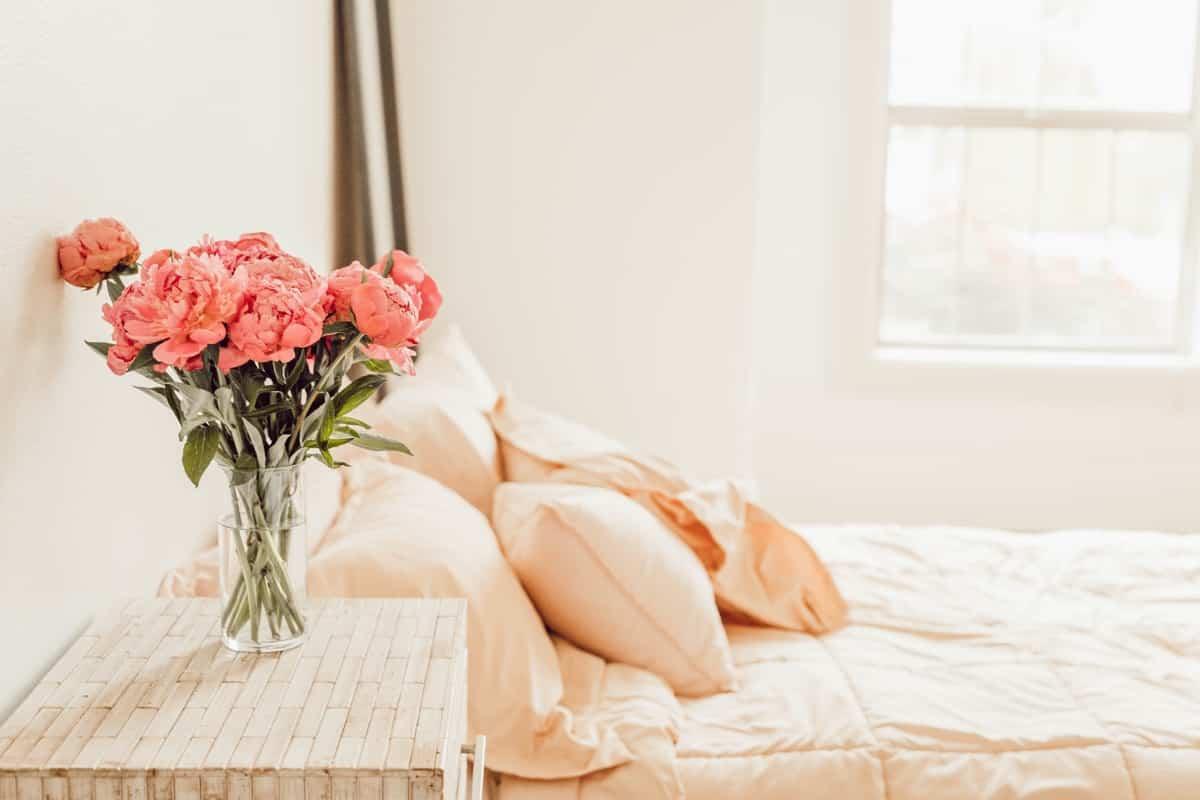 Decorar el dormitorio en rosa