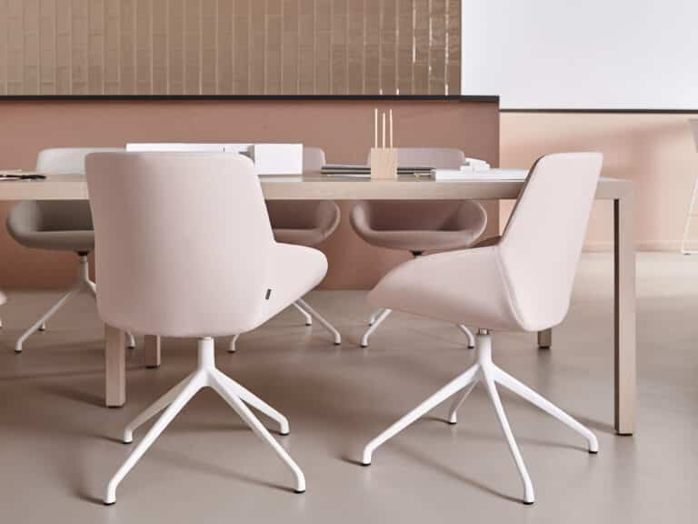 Muebles pensados para proteger las zona de trabajo frente a virus y bacterias