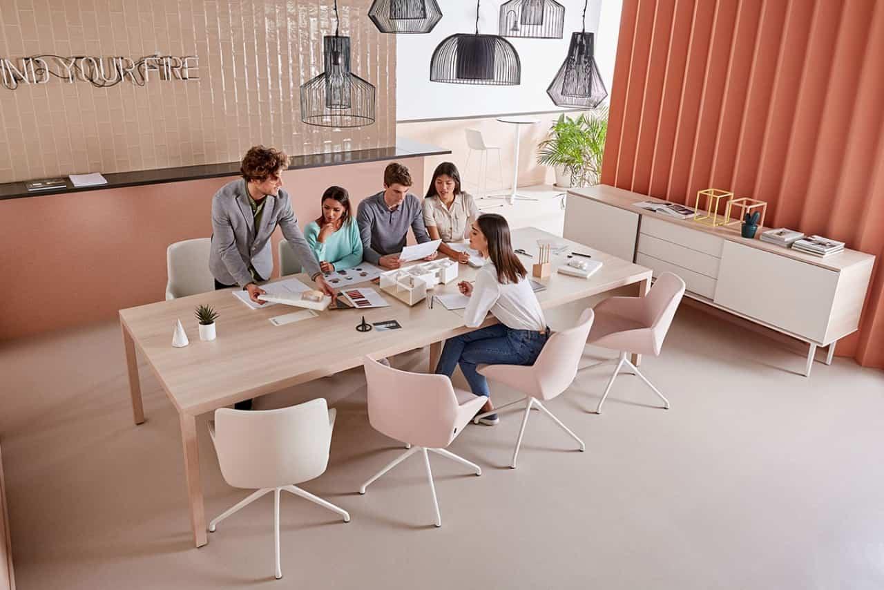 Muebles pensados para proteger las zona de trabajo frente a virus y bacterias 3